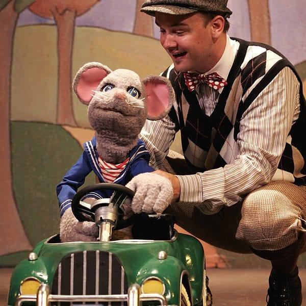 Stuart Little The Ridgefield Playhouse